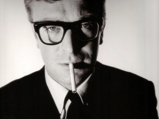 イギリスの俳優 マイケル・ケイン愛用モデル